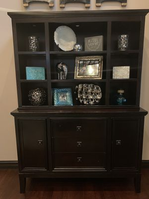 Buffet Hutch Display unit with shelves and drawers and cabinet storage! Lights up with glass shelves for Sale in Frankfort, KY
