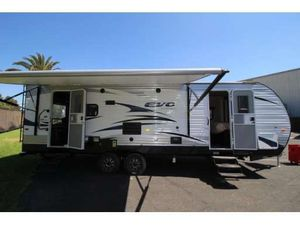 2017 Forest River Evo 2700T travel trailer ready to connect and go. Asking $24,000 OBO for Sale in Rossmoor, CA