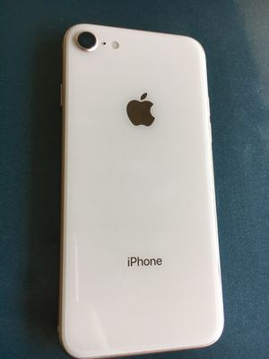 iPhone 8 Gold T-Mobile and Metro pcs for Sale in South Gate, CA