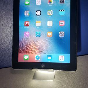 Apple IPad 2 16 GB Wi-Fi 9.7 In .Black. ⭐⭐⭐⭐⭐ for Sale in Huntington Park, CA