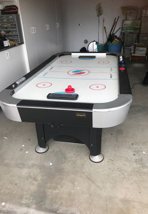 Air hockey table by Sportcraft. 4x7 Free pending pick up for Sale in Murrieta, CA