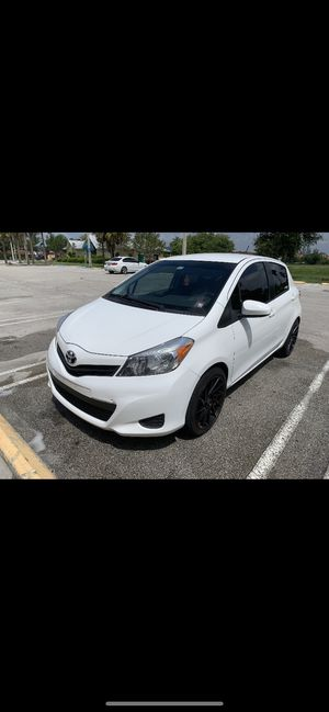 Toyota Yaris 2014 for Sale in Miami Lakes, FL