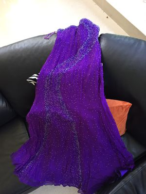 Purple evening dress size 8 for Sale in Bloomingdale, IL