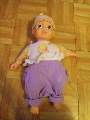 Baby doll for Sale in Philadelphia, PA