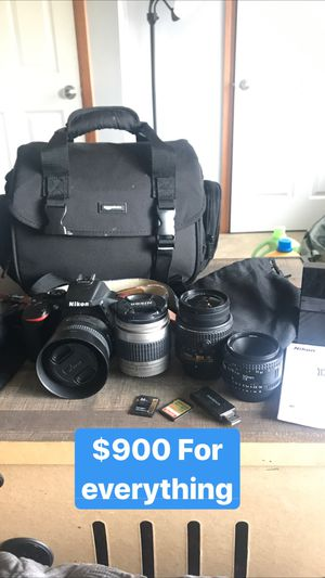 Nikon D5500 with lenses for Sale in Yelm, WA
