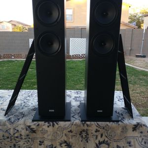 ONKYO SKF4800 FLOOR SPEAKER SET(4.8 OUT 5 RATING) for Sale in Queen Creek, AZ