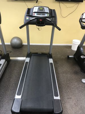 Cybex cx445 treadmill for Sale in Woodbridge, VA