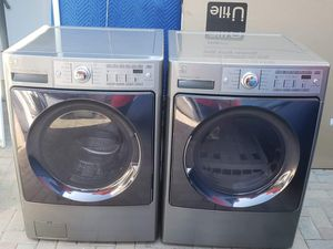 Kenmore elite washer and electric 220v dryer for Sale in San Marcos, CA