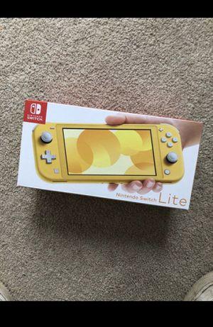 Nintendo switch lite for Sale in Ashland, MA
