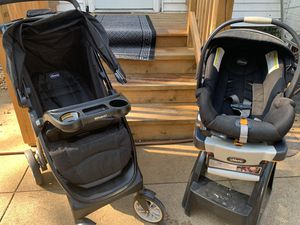 Chicco Bravo trio travel system keyfit30 for Sale in Bristol, IL