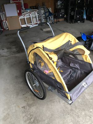 Schwinn 2 seater bike trailer for Sale in Parma, OH