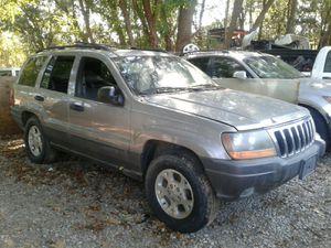 1999-2004 Jeep Grand Cherokee Laredo (For Parts) for Sale in Dallas, TX