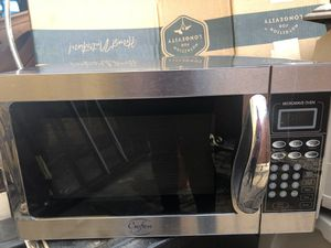 Stainless steel microwave in good working condition for Sale in Huntington Park, CA