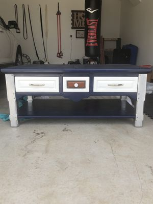 Cowboys Coffee Table for Sale in Plano, TX