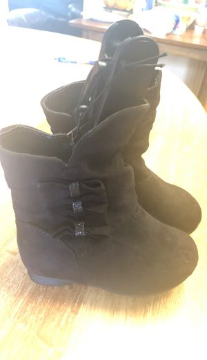 Baby girls Boots boundle size 4 for Sale in Eugene, OR