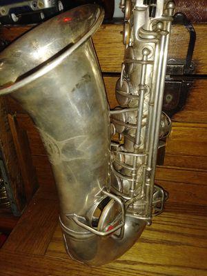 Vintage saxophone for Sale in Bloomfield, NJ