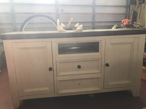 Tv stand for Sale in Pembroke Park, FL