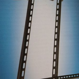 Tilt Tv Wall Mount 37to 70 Inch for Sale in Plano, TX
