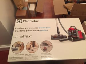 Electrolux vacuum for Sale in North Springfield, VA