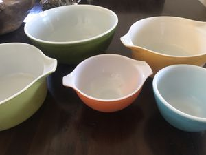 Pyrex bowls for Sale in Long Beach, CA