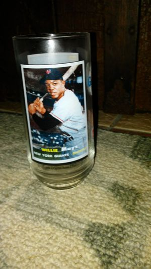 Willie Mays collectable glass for Sale in Kissimmee, FL