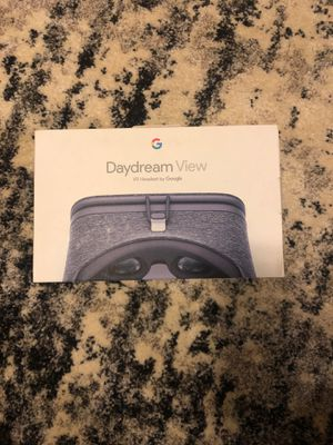 Google Daydream View VR Headset- Slate for Sale in Lakewood Township, NJ