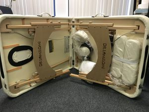 Brand New DR.LOMILOMI All-inclusive portable massage table for Sale in Paramount, CA