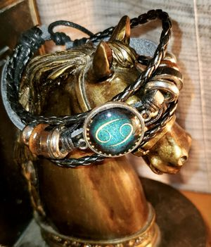 NWT ♋️ Cancer Handmade Leather Bracelet for Sale in Ripley, WV