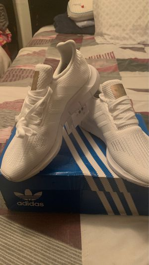 Adidas swift run for Sale in Los Angeles, CA