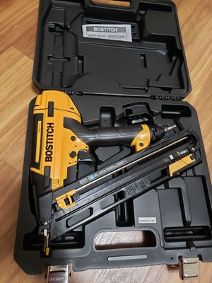 Bostitch 15g finish nailer for Sale in Laurel, MD