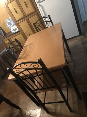 Dining table and 3 chairs for Sale in Manassas Park, VA
