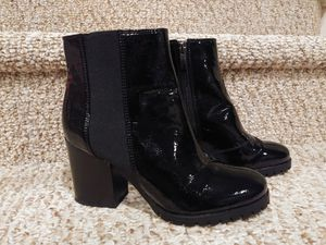 New Women's Size 5.5 Franco Sarto Shoe Boots [Retail $128] Black Patent Leather, Zipper, Side Stretch for Sale in Woodbridge, VA