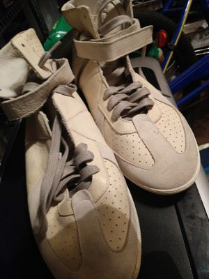 Burberry high tops size 41 for Sale in Austin, TX