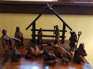 Korean hand carved Christmas creche for Sale in Saint Paul, MN
