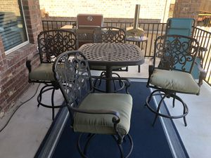 Patio furniture high table for Sale in Georgetown, TX