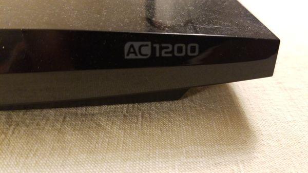 TP-Link AC1200 wifi router + Netgear CMD31T cable modem