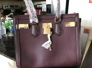 Brand new burgundy tote bag satchel for Sale in Houston, TX
