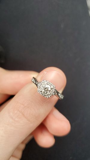 Women size 5 engagement ring for Sale in Schaumburg, IL