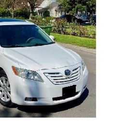 2009 Toyota Camry XLE Very Good!!! for Sale in Garland, TX
