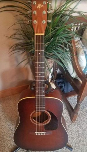 Art and Lutherie Cedar Acoustic Guitar with gig bag for Sale in Lake Stevens, WA