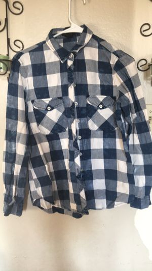 Women plaid shirt S/M for Sale in North Highlands, CA
