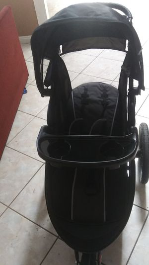 Baby Trend stroller for Sale in Moreno Valley, CA