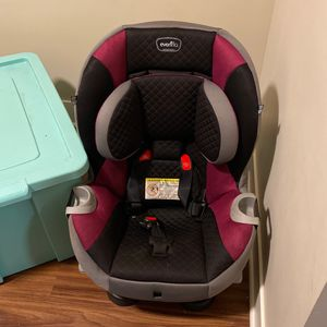 Evenflo Car seat for Sale in London, OH