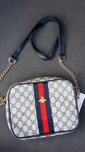 Shoulder bag for Sale in Orlando, FL