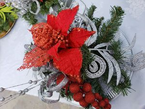 Christmas centerpiece for Sale in Hialeah, FL