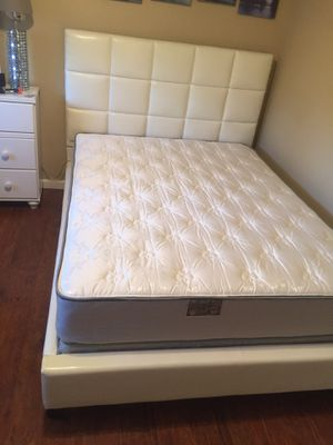 Queen mattress & Boxspring $169 for Sale in Sacramento, CA