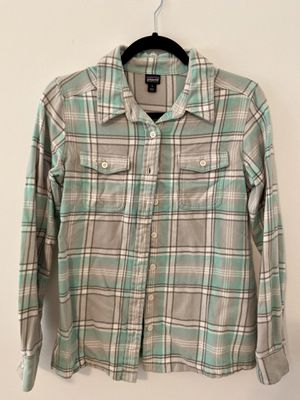 Patagonia Woman's Flannel Shirt Size 6 for Sale in Alpharetta, GA