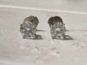 Natural diamond solitaire stud earrings, 1.50cwt for Sale in Kent, WA