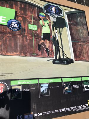 """32"""" youth portable basketball hoop for Sale in Glendale, AZ"""