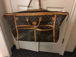 Louis Vuitton duffle bag/travel for Sale in Cypress, TX